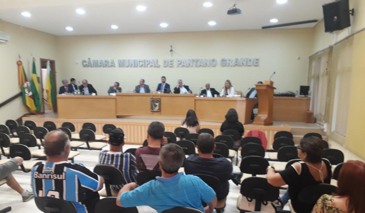 Sessão Ordinária de 12 de dezembro